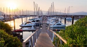 Dentist in Melbourne Partner Accommodation Airlie Beach